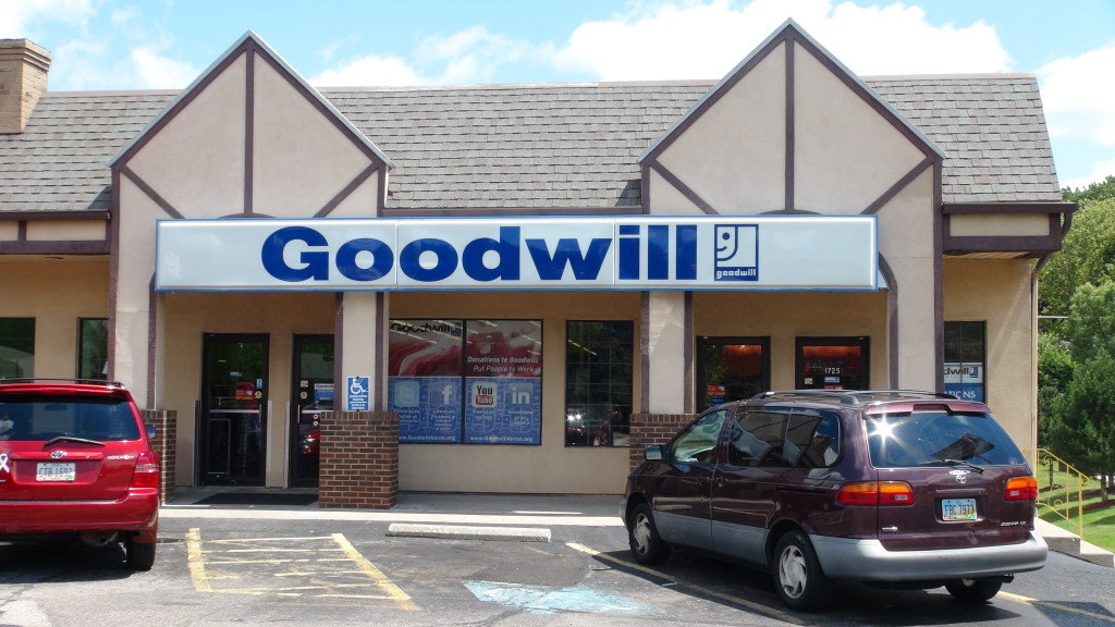 Goodwill Cuyahoga Falls retail storefront