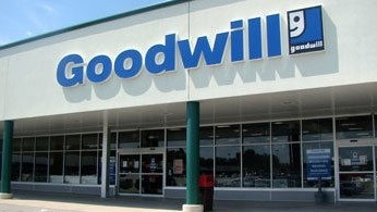 Goodwill Lakemore retail storefront