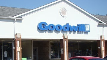 Goodwill Tallmadge retail storefront